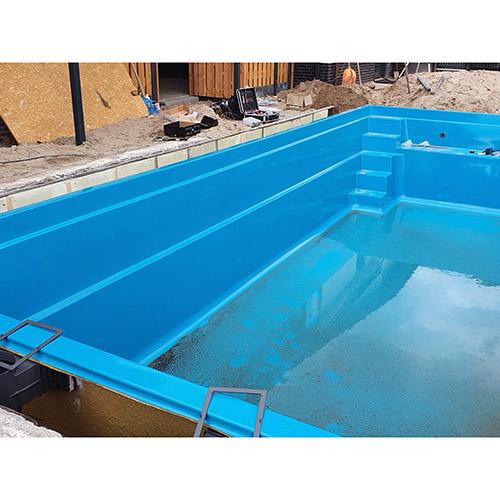 aanleg polyester zwembad 9 meter