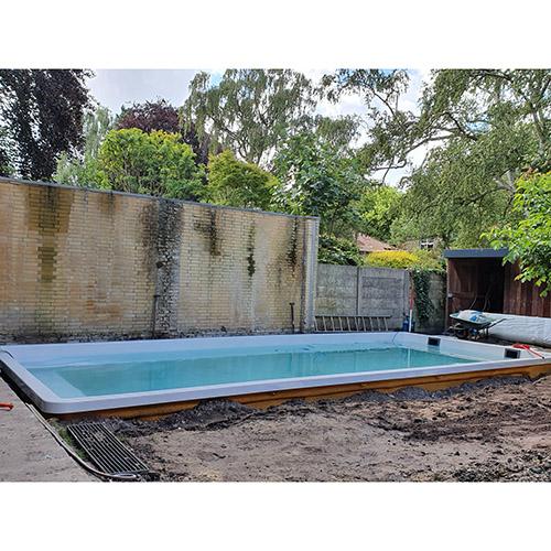 aanleg polyester zwembad 8,5 x 3,7 meter