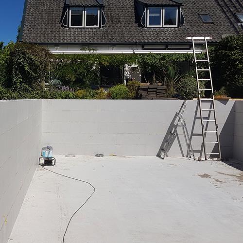 bouwkundig zwembad 5 x 10 meter stapelen holle blokken 2