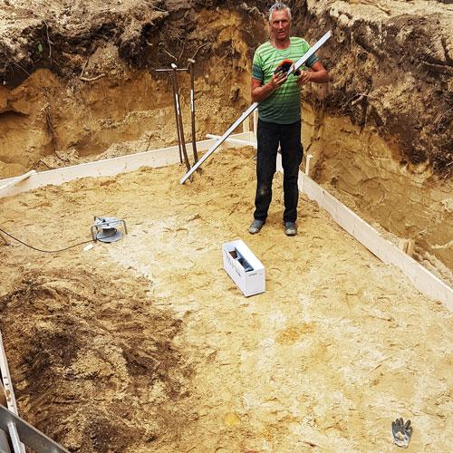 bouwkundig zwembad gat gegraven