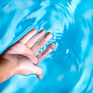 kristalhelder-water-in-jacuzzi