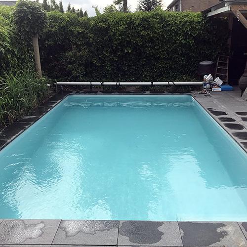 zwembad voorzien van nieuwe folie