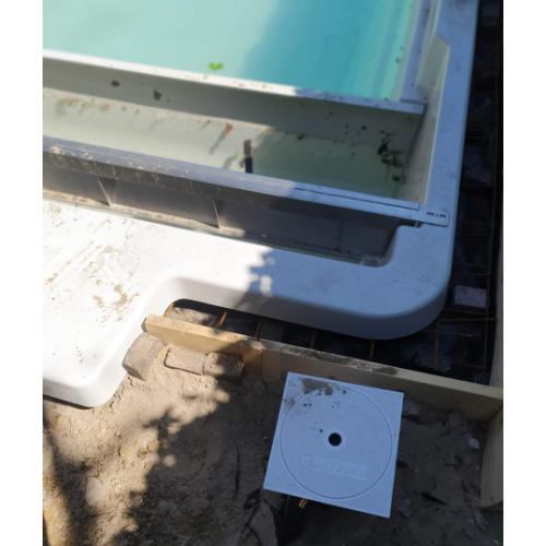 polyester zwembad 8,5 x 3,5 meter aanleggen