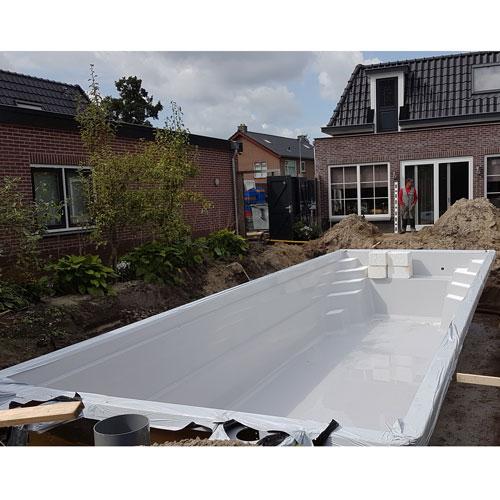 zwembad project Nijkerkerveen gereed voor aanvullen