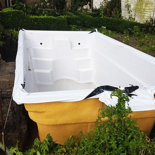 zwembad project warmenhuizen plaatsing zwembad op betonvloer
